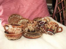 VINTAGE BROWN HONEYCOMB DRIP GLAZE SUGAR BOWL MILK JUG & 3 TRIOS 11PCS FOSTERS ?